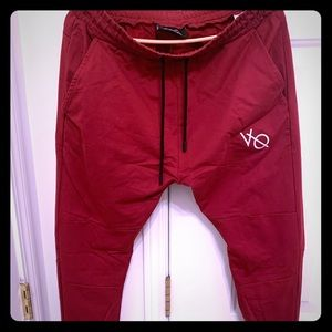 Vanquish fitness exodus joggers size XL red